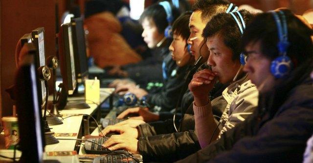 """Cyberspionaggio, Cina """"interromperà rapporti con società di consulenza Usa"""""""