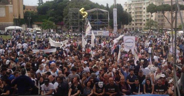 Grillo a Roma. Comizio finale del Movimento 5 Stelle in piazza San Giovanni