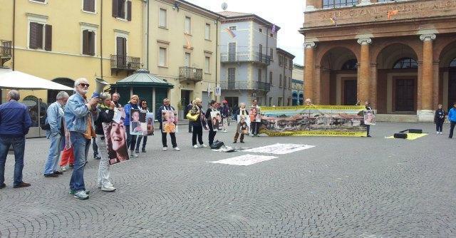 Incontro Cgil, familiari vittime di Viareggio contestano Moretti. Collettivi contro Lupi