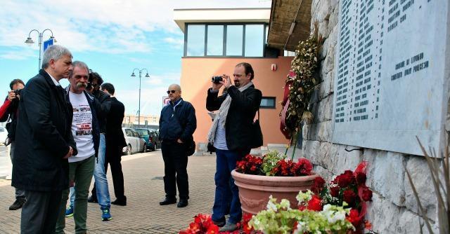 """Moby Prince, Vendola a Livorno: """"Commissione inchiesta contro misteri"""""""