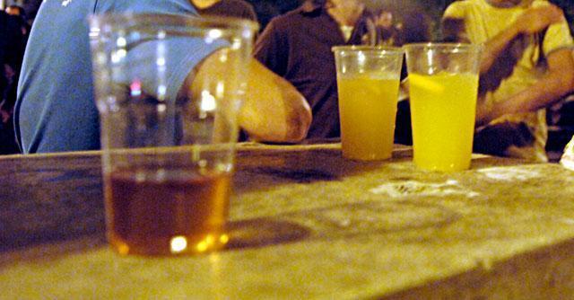 Alcolismo di Alexander Domogarov - Strade di disposizione di risposte di dipendenza alcoliche