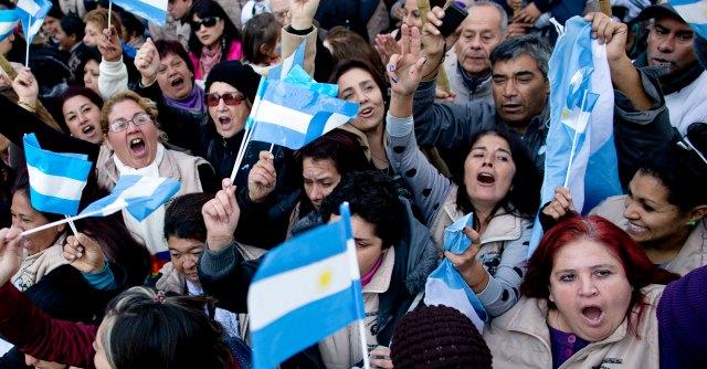 Crac Argentina, accordo con Club di Parigi: Buenos Aires rimborsa 9,7 miliardi