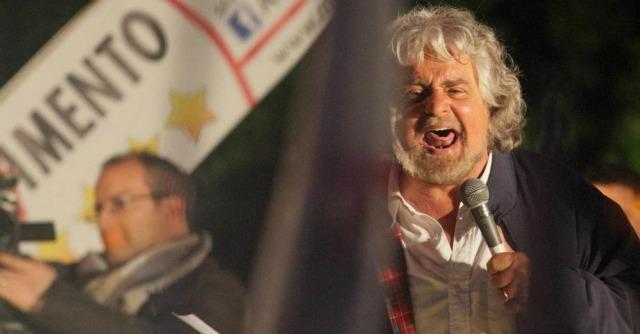 """Europee 2014, Grillo: """"Renzi perderà e per lui sarà lupara bianca come nella mafia"""""""