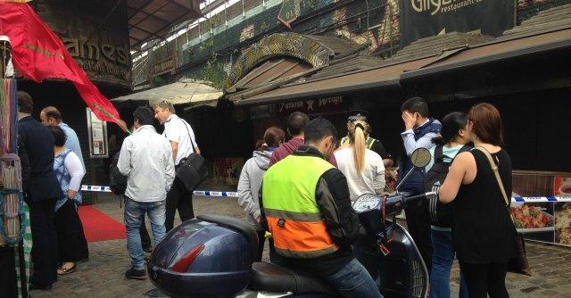 Londra, incendio al Camden Market. 600 persone evacuate, il racconto di chi c'era