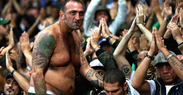 Genny 'a carogna, dalla serata hooligans di Londra alla trattativa di Napoli