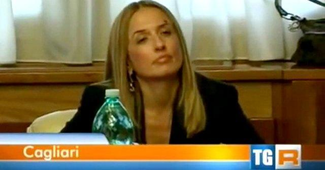 Sardegna, ex presidente consiglio e baby pensionata d'oro: vitalizio da 5mila euro