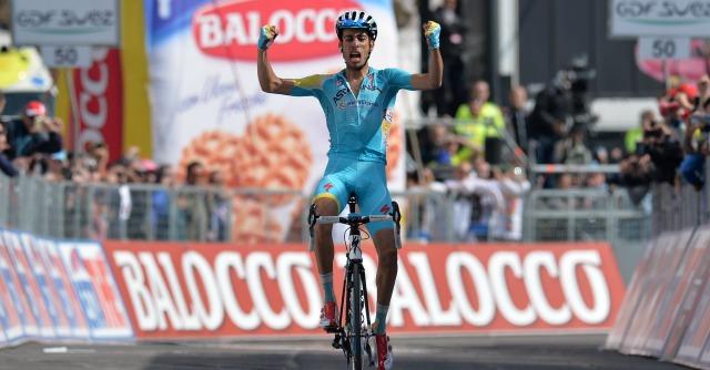 Giro d'Italia 2014, Fabio Aru alla Pantani: scatta sulla salita del Pirata e stacca tutti