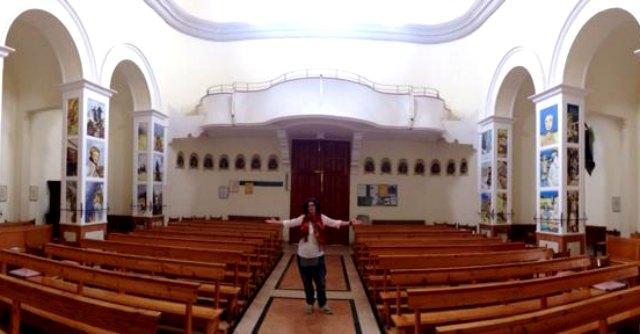 """Rimini, fumetti e street art per decorare la chiesa: """"Raccontano la vita di San Martino"""""""