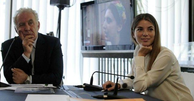 Servizio Pubblico-AnnoUno, esordio per Giulia Innocenzi. Primo ospite Renzi