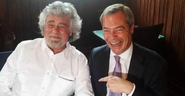 """Grillo-Farage, il Financial Times: """"Coppia improbabile, sono divisi sull'euro"""""""