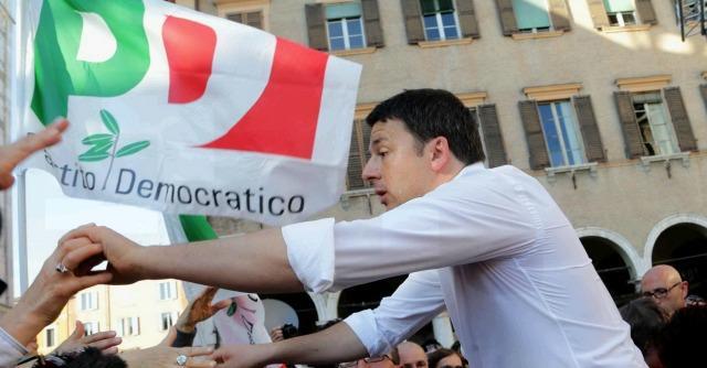 """Renzi a Grillo: """"I morti di lupara bianca esigono rispetto, cambiare linguaggio"""""""