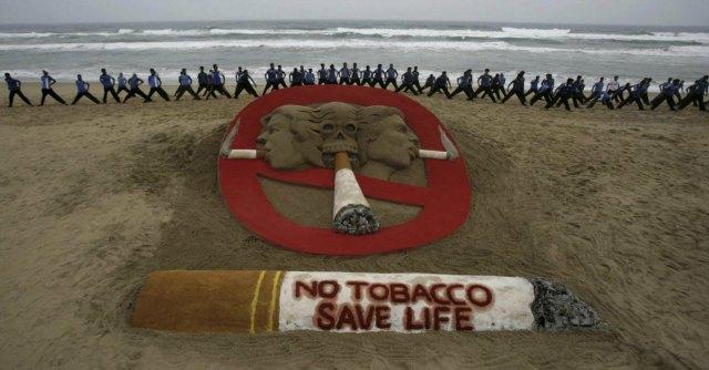 """Giornata senza tabacco, Oms: """"Tasse più alte per aiutare fumatori a smettere"""""""