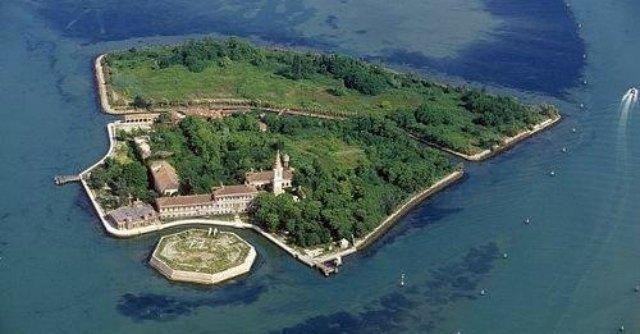 Venezia L Isola Di Poveglia Venduta A Imprenditore