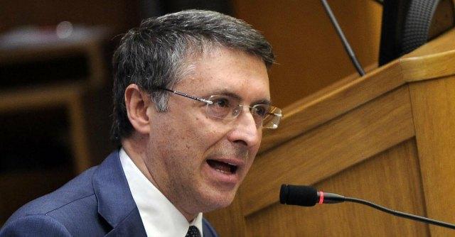 Corruzione, Governo dà poteri a Cantone. Potrà commissionare gli appalti