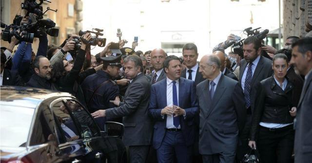"""Renzi: """"I sindacati non mi fermeranno. Sono contro perché gli tolgo potere"""""""