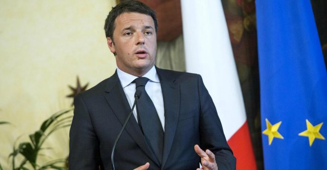 """Ue, Hollande: """"Ottimi rapporti con Renzi Siamo uniti su crescita e investimenti"""""""