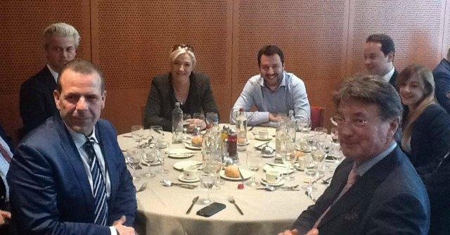 """Europa, Salvini-Le Pen: """"Faremo opposizione a democristiani e socialisti"""""""