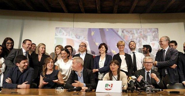 """Europee, le reazioni. Berlusconi: """"Voto sotto attese ma restiamo determinanti"""""""
