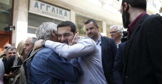 Elezioni Grecia, voto contro troika: Syriza non sfonda, Alba dorata al 16% ad Atene