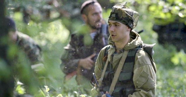 """Ucraina, """"uccisi 100 filorussi a Donetsk"""". La salma di Rocchelli verso Kiev"""