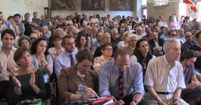 """Forza Italia, il raduno dei 'ricostruttori': """"Persi milioni di voti, ci vuole autocritica"""""""
