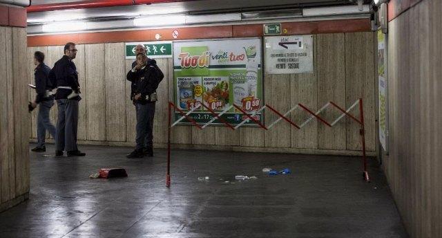 Roma, borseggiatore morto nella metro escluso il linciaggio, ma restano incognite