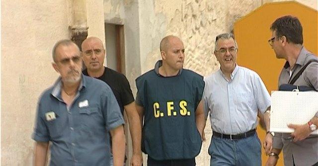 Violenza sessuale e truffa, arrestato il direttore della Caritas di Trapani