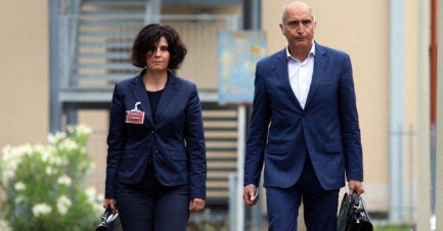 """Yara Gambirasio, gli avvocati di Bossetti: """"Procura ha nascosto gli atti a suo favore"""""""