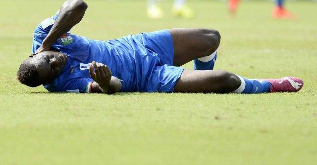 """Italia – Uruguay. pagellone. """"Figurina"""" di Balotelli, Suarez come Tyson"""