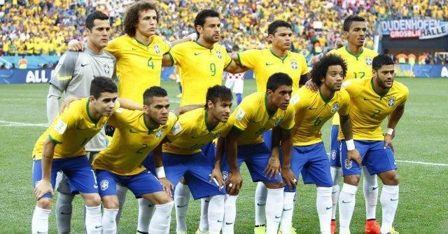 Brasile – Messico 0-0: Neymar va a sbattere contro il portiere Ochoa