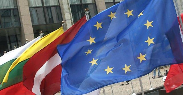 """""""Riforma lavoro espone a precarietà e viola norme"""". Denuncia a Commissione europea"""