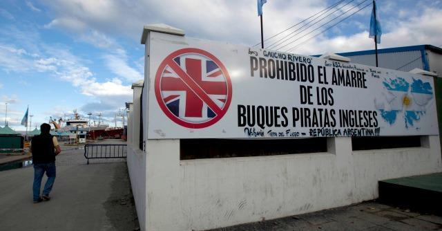 """Mondiali 2014, la polizia: """"Ultrà argentini contro gli inglesi per vendicare le Falkland"""""""