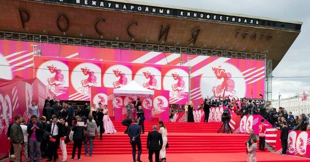 Festival Mosca, regista pro Putin: 'Colleghi stranieri assenti per paura della Russia'