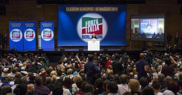 Forza Italia, il 30-40% dei parlamentari non paga il contributo elettorale al partito