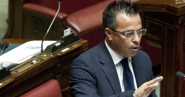 """Lega Nord, Giovani padani vs Buonanno: """"Inaccettabili le sue dichiarazioni sui gay"""""""