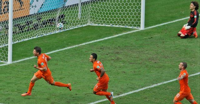 Olanda – Messico, 2 a 1 negli ottavi finale. Beffa Tricolor, Oranje avanti
