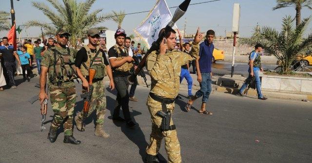 """Iraq, governo chiede aiuto agli Usa: """"Raid aerei contro jihadisti"""""""