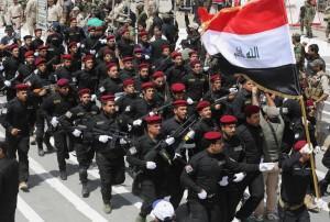 Iraq, sfilata miliziani sciiti