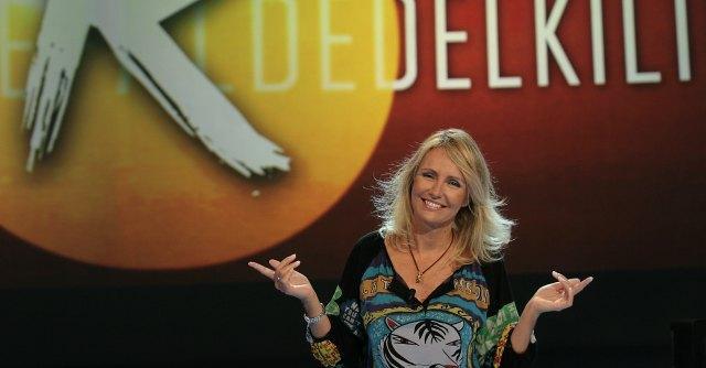 """Rai 3, Vianello rottama Licia Colò. Non condurrà più """"Alle falde del kilimangiaro"""""""