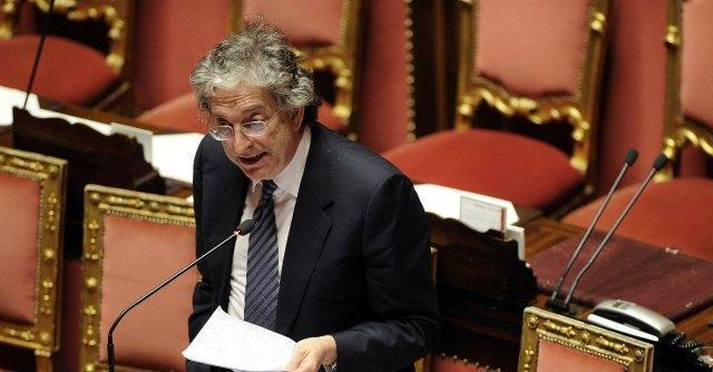 """Dl Irpef, passa la fiducia al Senato. Ridotto di 3,5 milioni il """"fondo taglia tasse"""""""