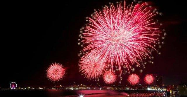 Notte rosa 2014, crisi per il capodanno dell'estate: fondi dimezzati e fuga sponsor