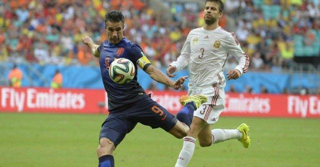 Mondiali 2014, Spagna-Olanda 1 a 5. Campioni del Mondo umiliati all'esordio