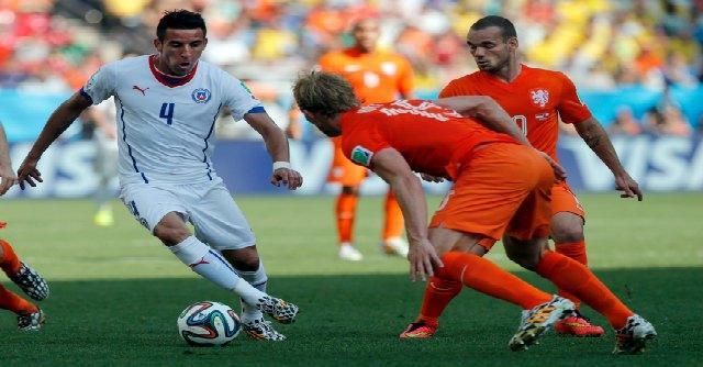 Olanda – Cile: 2-0. Rete di Fer al 77′, raddoppio di Depay al 91′