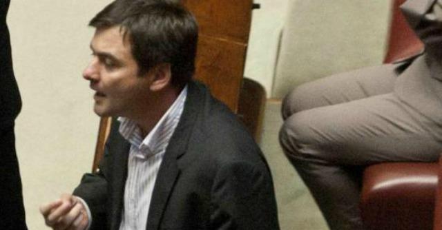 """Sel, continua """"l'esodo"""" dei deputati: si dimettono Zan, Lavagno e Pilozzi"""