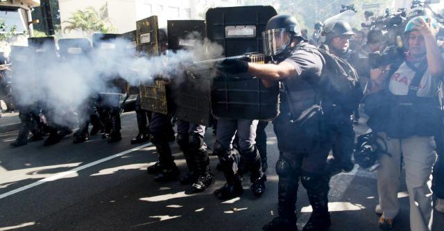 Brasile 2014 al via, scontri a San Paolo: decine di arresti e feriti, tra cui 3 reporters