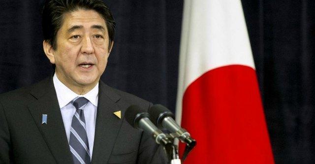 "Matteo Renzi incontra Shinzo Abe: Tokyo cerca ""solidarietà"" contro Pechino"