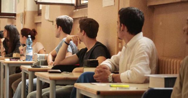 Spending review, a Casale Monferrato una classe-pollaio con 42 studenti
