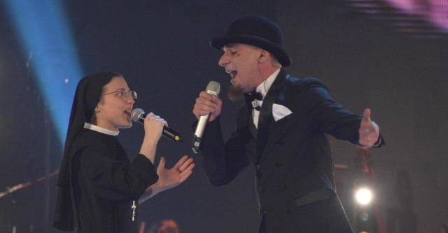 """Finale The Voice, suor Cristina trionfa. E ora Rai2 ha trovato uno show """"mondiale"""""""