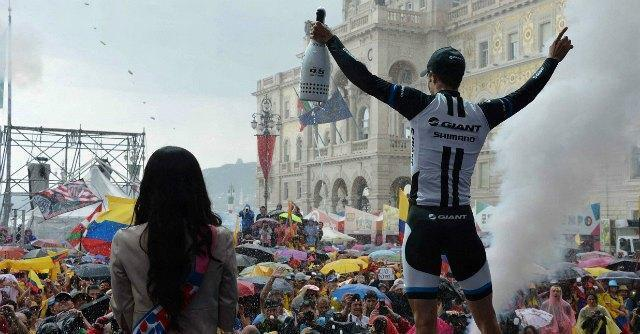 Giro d'Italia 2014, Luka Mezgec vince l'ultimo sprint di Trieste