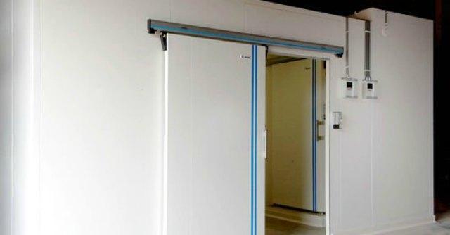 Modena, 'lavoratori in nero rinchiusi in una cella frigorifera per sfuggire controlli'